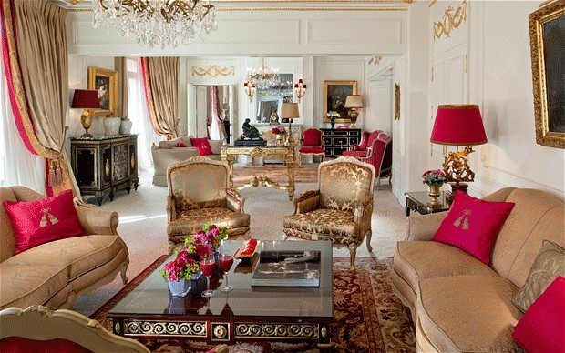Hotel Plaza Athenee Royal Suite