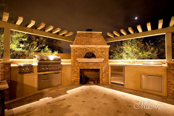 Mugnaini Wood-Fired Pizza Oven