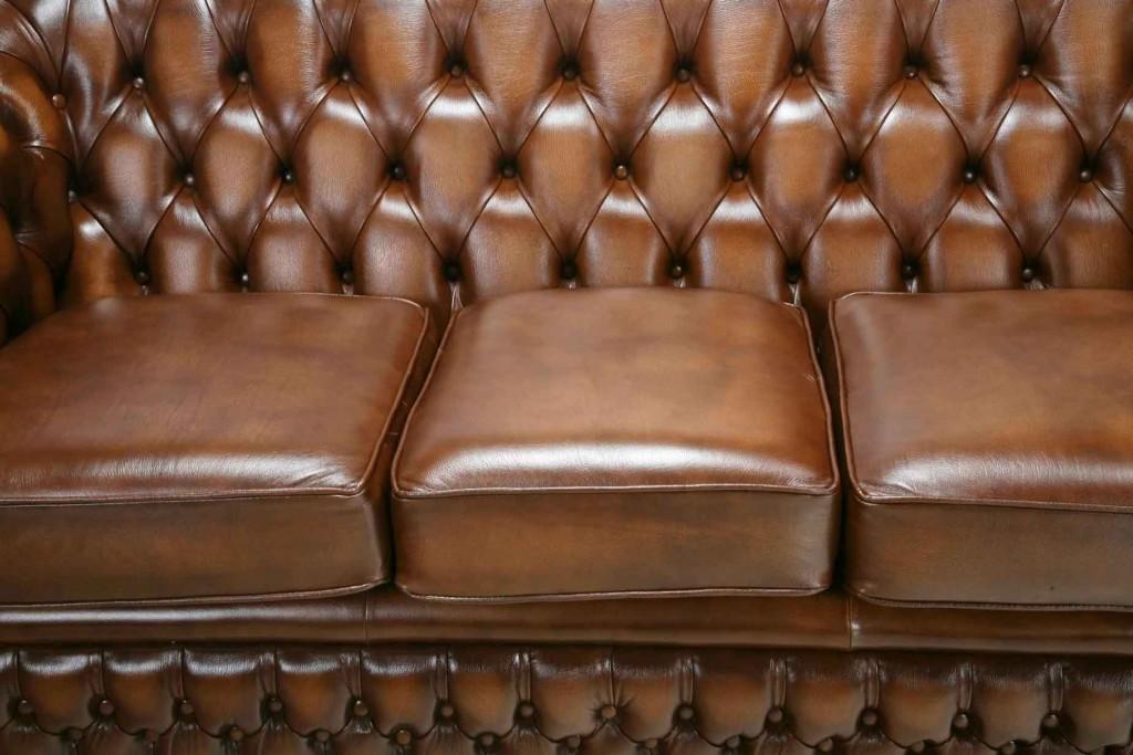 VIG Chesterfield Sofa